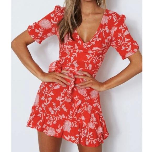 99bcdae653fd White Fox Serena Mini Wrap Dress Red Print. M_5ab0321b85e6057733aa55cb